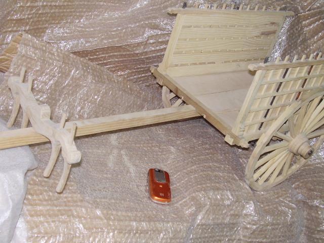 Artesan a en miniaturas de madera carro de mulas antig o for Como hacer artesanias en casa